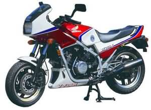 HONDA VF750F(RC15)83-84