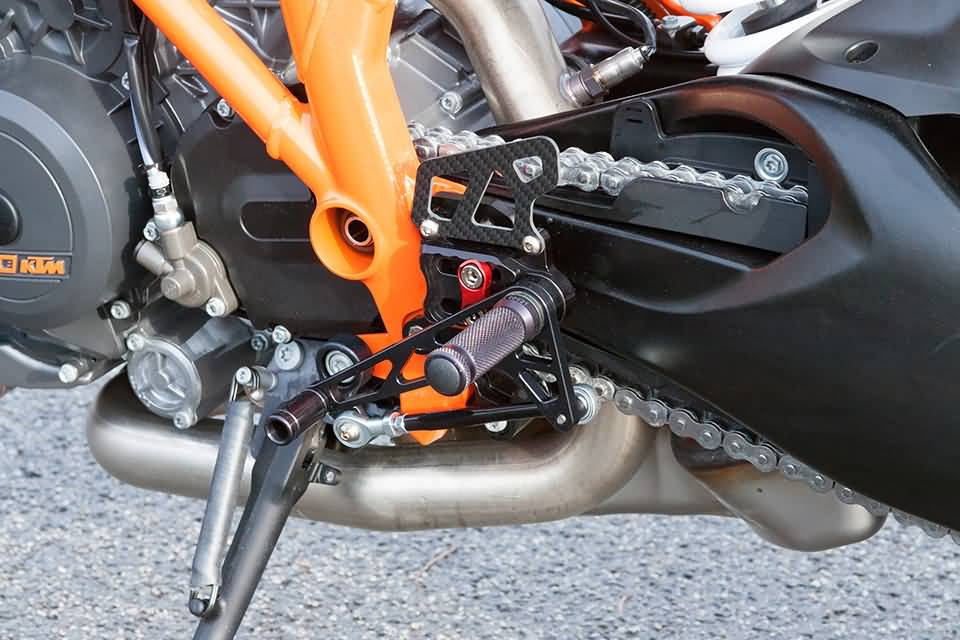 LSL 2-SLIDE REARSET KTM 1290 SUPER DUKE R, BLACK, MOUNTING PIECE