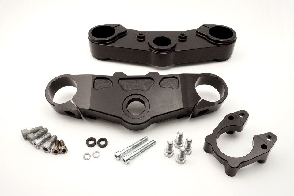 Top yoke kit Thruxton 16- / 43mm, 30mm offset, black
